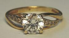 LADIES  9 CARAT GOLD RING WITH CUBIC ZIRCONIA  SIZE L WEIGHT 2.1 GRAMS