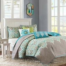6 Piece Quilted Coverlet Set Grey Teal & Green With Pillows and Shams