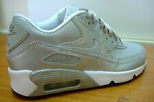 GIRLS WOMENS NIKE AIR MAX 90 SE LEATHER SILVER SPORTS CASUAL TRAINERS SIZE 4 - 5
