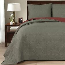 Casablanca Quilt and Sham Set Twin Full/Queen Or King, Grey/Linen, Red/Gunmetal