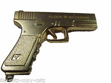 SOLID METAL GOLDEN GLOCK 18 SEMI AUTOMATIC GUN PISTOL REVOLVER RIFLE KEYRING UK