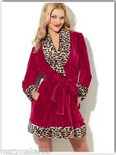 NWT $68 BETSEY JOHNSON COZY VELOUR ROBE MED & LRG PERSIAN RED/LEOPARD FAUX FUR