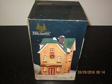 Lighted Christmas Holiday Expressions Dickens Collectable Porcelain Tavern