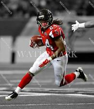 BS735 Desmond Trufant Falcons In Game Action Football 8x10 11x14 Spotlight Photo