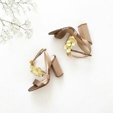 ZARA HIGH HEEL SANDALS WITH FLORAL DETAIL NUDE 36-41  Ref.  1552/101