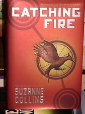 THE HUNGER GAMES CATCHING FIRE 2 by SUZANNE COLLINS HB/DJ