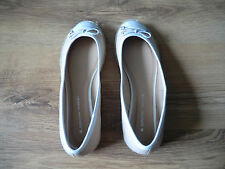 LADIES SHOES DORETHY PERKINS ONLY WORN ONCE SIZE 8