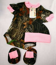MOSSY OAK CAMOUFLAGE & PINK BABY INFANT DIAPER SHIRT 3 PIECE GIFT SET