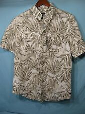NWT Chaps Tan and White Palm Frond Short Sleeve Men's Button Down Shirt