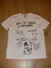 NWOT - MENS PRIMARK T SHIRT- SIZE LARGE - HOW TO BUILD A SNOWMAN