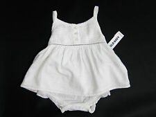 NWT Baby Girls Old Navy Size 3-6-12 Months White Top & Bloomer Set Romper