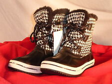 WOMENS BLACK & WHITE WINTER BOOT BY CHAMPION