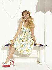 REVIEW STUNNING BUTTERCUP SKIRT WITH ROSES Brand New RRP:$179.95
