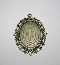 Large picture setting oval pendant frame for 30 x 40 mm cabochon bronze tone