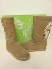ED HARDY TAN BOOTSTRAP WITH INDIAN GIRL