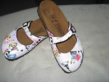 Birkis  Mary Janes Slip On  Flats Shoes Size 5 M 35 36 graphic art