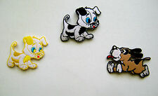 ANIMAL / DOG / FRISKY LITTLE PUPPY EMBROIDERED IRON ON APPLIQUE / PATCH
