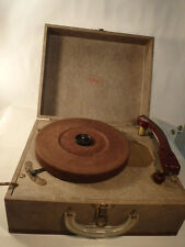 Vintage V & M Phonograph Tri-O-Speed Record Player Speed 33--45--78