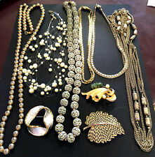 Vintage Signed Jewelry Lot Monet Napier Lisner Coro Necklace Pin Brooch Gold