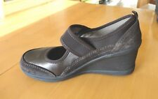 WOMAN EASY SPIRIT GENUINE LEATHER COMFORT SHOES PRACTICALLY NEW SIZE 7, ORIG $89