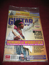 ''GUITAR WORLD'' MAGAZINE WITH JIMI HENDRIX,PINK FLOYD (THE COLLECTOR'S EDITION)