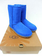 100% AUTHENTIC UGG AUSTRALIA CLASSIC SHORT MARB 5825 NEW IN BOX GREAT PRICE!!!!