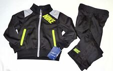 NIKE Boys New Track Outfit Set size 2T Retails $52 Nwt