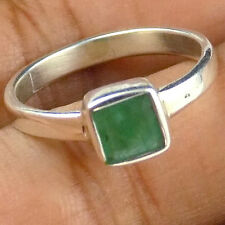 Beautiful Natural Emerald Square 6mm Gemstone Stylish 925 Sterling Silver Ring