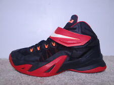 Nike LeBron Soldier VIII 8 Boys Basketball Shoes Size 6