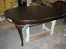 Drexel Heritage Furniture Classic Cherry Queen Anne Dining Table FREE SHIPPING