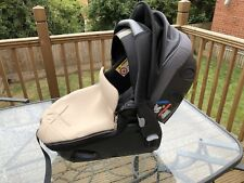 Jane matrix light 2 car seat. Group 0/0+