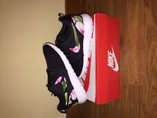 Nike Roshe Run - Custom Floral Nike Roshe Run - All Sizes Mens Womens