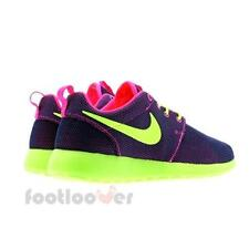 Woman's Nike Wmns Rosherun Print 511882 678 Neon casual shoes sneakers