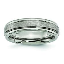 Chisel Titanium Grooved Edge 6mm Satin and Polished Band Ring TB14
