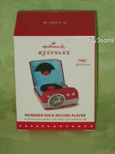 Hallmark ~ 2015 ~ Reindeer Rock Record Player ~ Magic