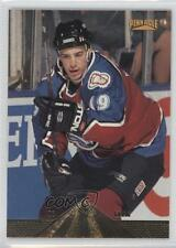 1996-97 Pinnacle #201 Joe Sakic Colorado Avalanche Hockey Card