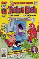 Richie Rich (1960 series) #223 in Very Fine condition. FREE bag/board