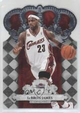 2009-10 Crown Royale #38 Lebron James Cleveland Cavaliers Basketball Card