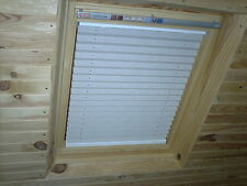 SKYLIGHT PLEATED ROOF BLINDS TO FIT VELUX WINDOWS SIZES - GGL 2 or M08 or 308
