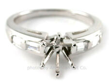 18K WHITE GOLD BAGUETTE DIAMOND ENGAGEMENT RING SOLITAIRE SETTING