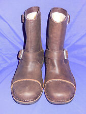 UGG Mens Size 7  Rockville II Leather Motorcycle Boots  w/two insoles DUNE New!!