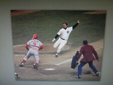 REDS JOHNNY BENCH VS YANKEES THURMAN MUNSON 1976 76 WORLD SERIES PHOTO