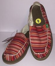 Sanuk Donna Coral Red Womens Stripe Casual Comfort Sidewalk Surfer Canvas SlipOn