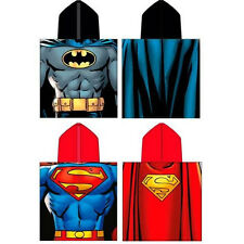 BNWL OFFICIAL MERCHANDISE D C COMICS KIDS TOWELING PONCHO BATMAN OR SUPERMAN