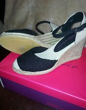 Black and cream wedge heel shoes. Size 4. BNWT