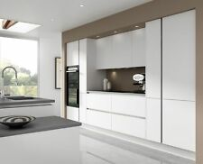 7 Piece Kitchen Units - Painted White Handless  Rigid Built + Doors Fitted