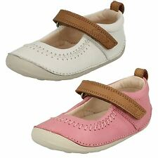 Infant Girls Clarks First Stylish Cruiser Shoes 'Little Atlas'