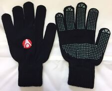 MACRON RIVET PLAYERS GLOVES SIZE ADULT SMALL BNWT