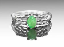 925 Sterling Silver Ring with Natural Oval Cut Green Emerald Gemstone Handmade.