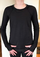 Lululemon Size 8 Run For The Gold Long Sleeve Black Gold Micro Stripe Top Shirt